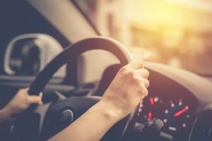 driving-shutterstock_282033554